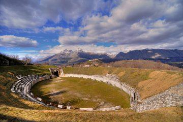siti_archeologici_abruzzo_anfiteatro_alba_fucens