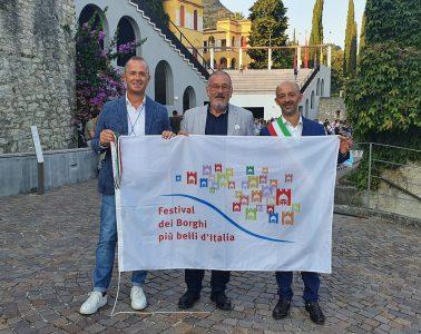 abruzzo_festival_borghi_piu_belli_italia_consegna_bandiera_festival